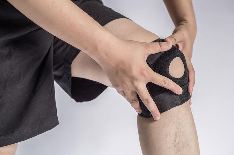 bandáž a ortéza na koleno