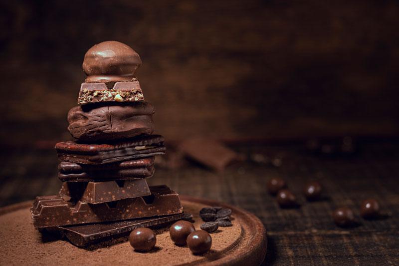 potravinová pyramída z čokolády