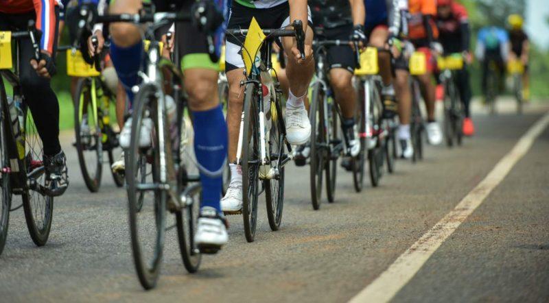 peloton cyklisti