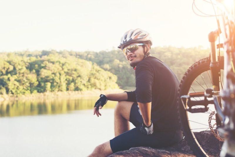 cyklista cyklisticke okuliare