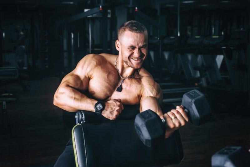 hypertrofia svalovy rast silovy trening biceps