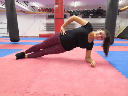 side bočný plank tréning na doma