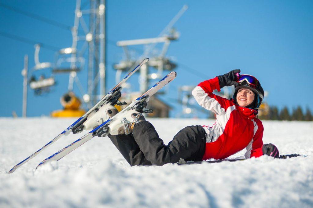 žena na snehu
