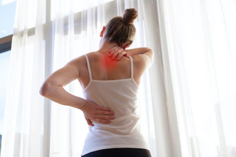 žena a svalovka